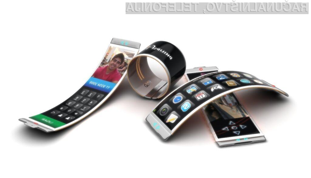 Proizvodnja upogljivih zaslonov je že v polnem teku, prve naprave temelječe na tej tehnologiji pa bodo na voljo že proti koncu tega leta.