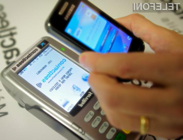 Brezstično plačevanje bodo kmalu podpirali tudi cenovno ugodni mobilni telefoni.