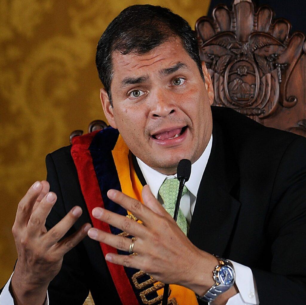 Ekvadorski predsednik Rafael Correa po vsej verjetnosti verjame, da je Julian Assange le žrtev umazane politike ZDA.