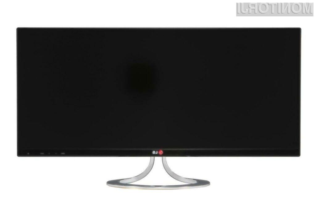 LG-jev EA93 je izjemno podolgovat zaslon z razmerjem stranic 21:9.
