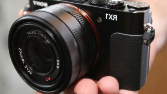 Sony je s pripravo novih fotoaparatov dobesedno pometel z vso konkurenco!