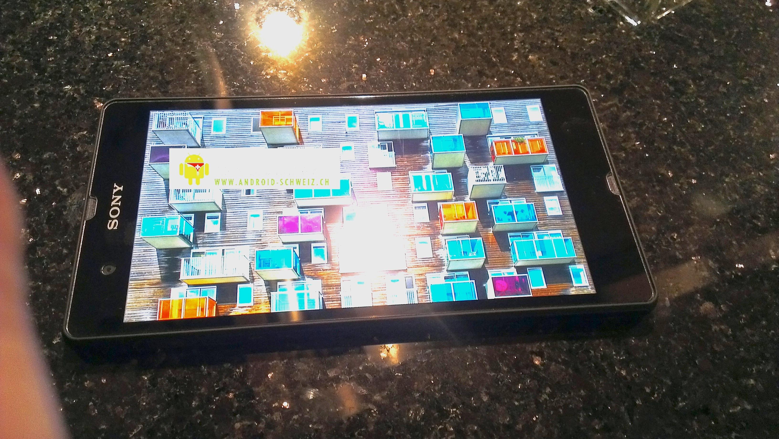 Prve fotografije pametnega telefona Yuga