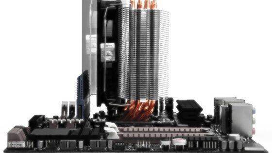 Thermalrightov model True Spirit 120M bo kot naročen za hlajenje procesorjev v manjših računalniških ohišjih.