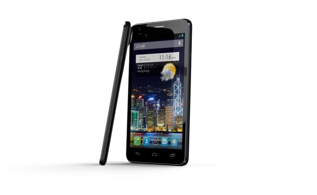 Alcatel je na sejmu CES predstavil tri nove pametne telefone, ki spadajo v sam vrh ponudbe.