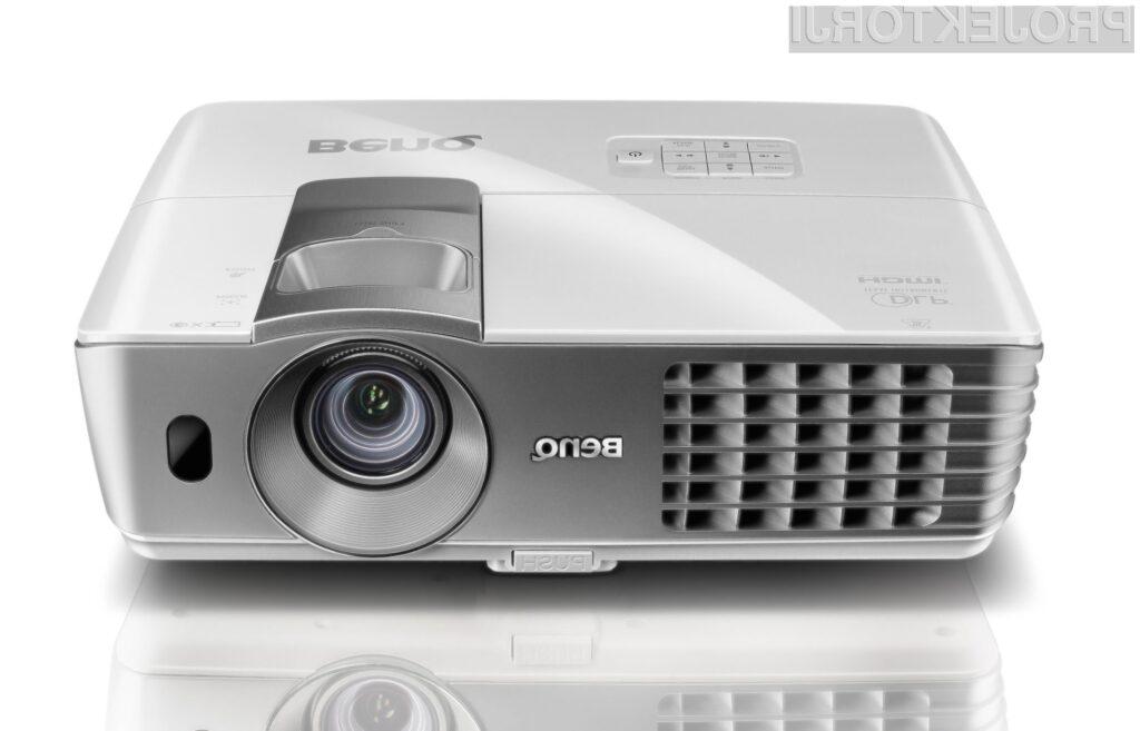 Za nekaj več kot 1000 evrov, si lahko doživetje 3D kina privoščite kar doma.