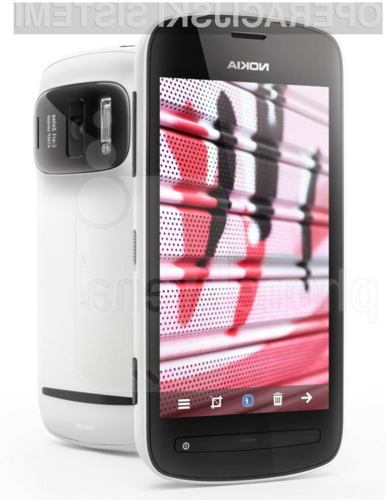 Nokia 808 PureView je zadnji Nokiin mobilnik z operacijskim sistemom Symbian.
