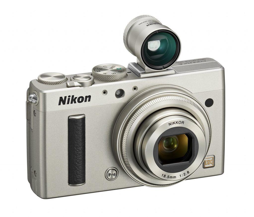 Profesionalec med kompaktnimi fotoaparati