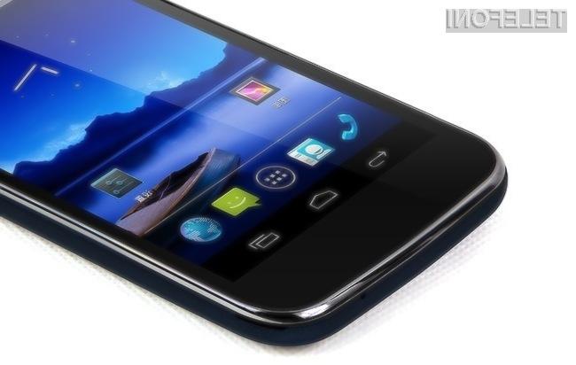 Kitajsko podjetje Beidu je že v lanskem letu predstavilo dokaj soliden model telefona Beidou Little Pepper.