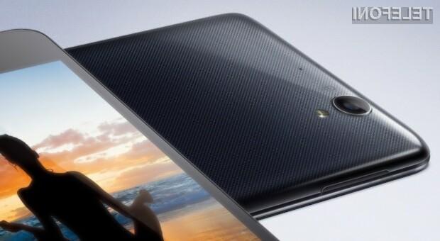 Mobilnik Oppo R809T se ponaša z izjemno kompaktnim ohišjem, zmogljivo strojno opremo in Androidom 4.2.