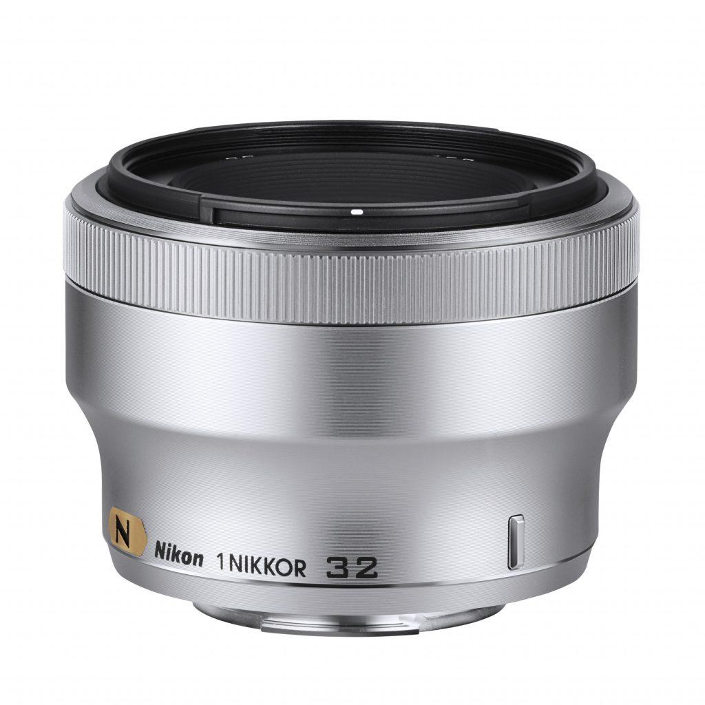 Hiter in kompakten portretni objektiv 1 NIKKOR 32 mm f/1.2