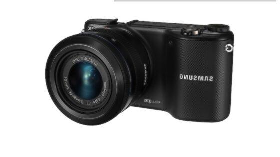 Pametni brezzrcalni fotoaparat Samsung NX2000 je moč povsem prilagoditi potrebam in zahtevam uporabnika!