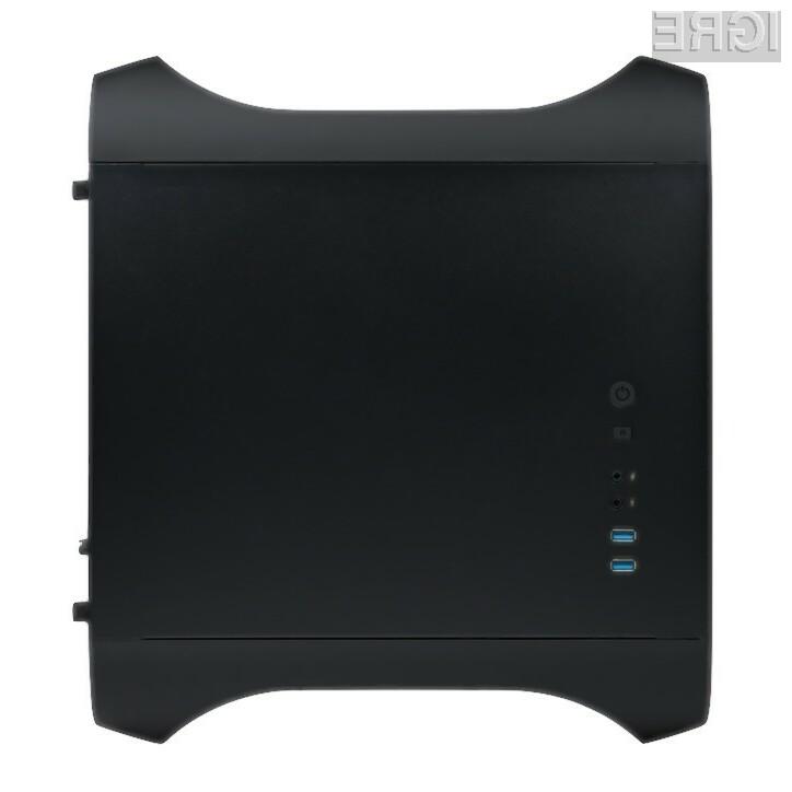 Osebni računalnik iConsole.tv brez težav poganja tudi grafično najzahtevnejše računalniške igre.