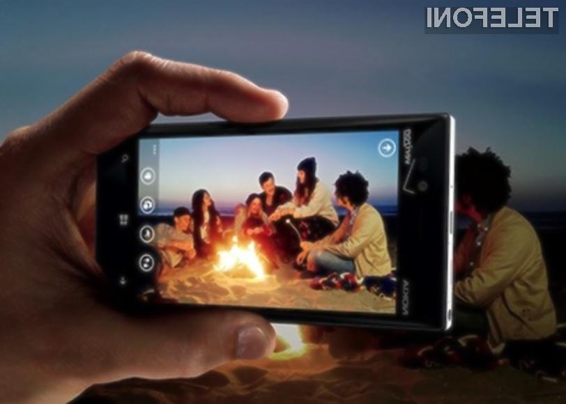 Mobilnik Nokia Lumia 928 je najbolj pisan na kožo tistim, ki pogosto fotografirajo pri zmanjšani vidljivosti.