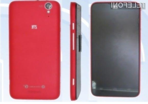 Zmogljivi mobilnik ZTE U988S Geek naj bi v Evropo prispel že v prvi polovici jeseni.