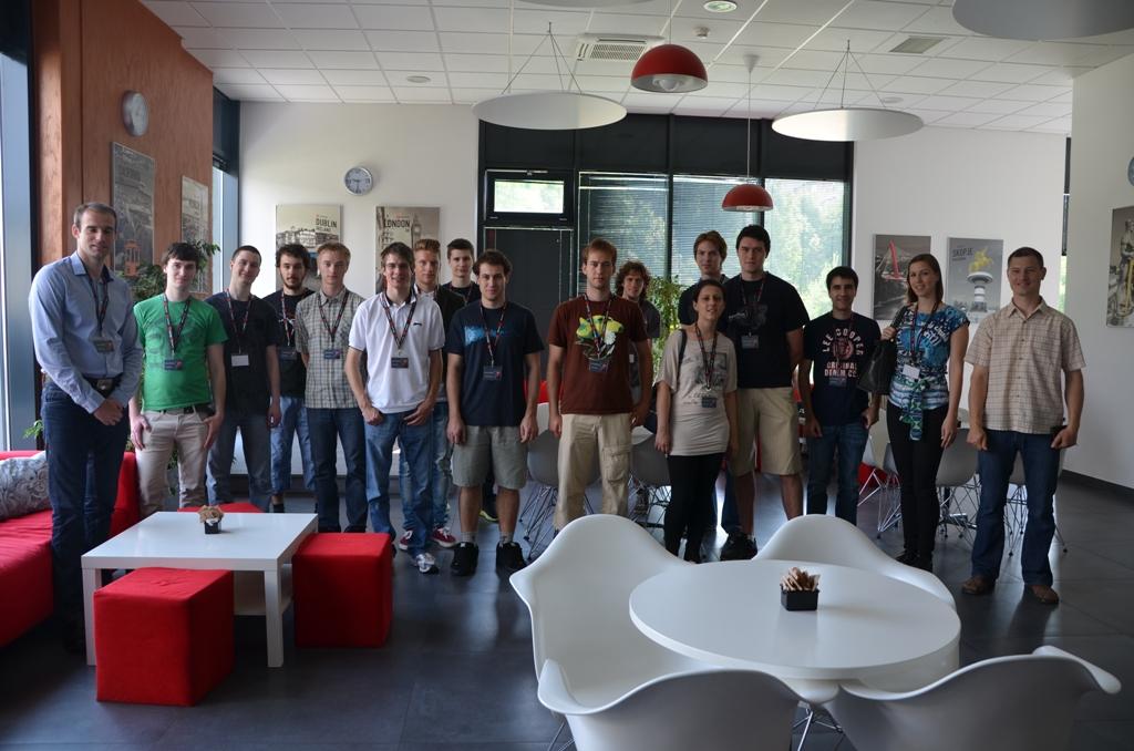 Udeleženci poletne šole EdIT na lokaciji v Ljubljani