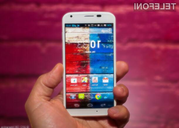 Izjemni pametni mobilni telefon Motorola Moto X naj bi bil kmalu naprodaj tudi pri nas!