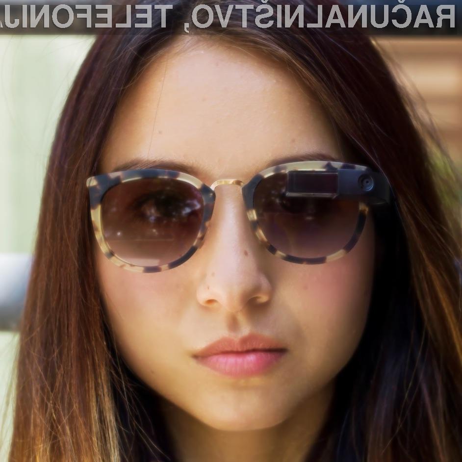 Večpredstavnostna očala Google Glass naj bi bilo moč pritrditi kar na običajna sončna in korekcijska očala.