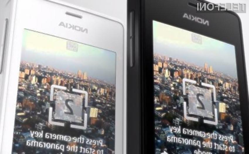 Mobilni telefon Nokia 515 ima celo podporo za dve pomnilniški kartici SIM.