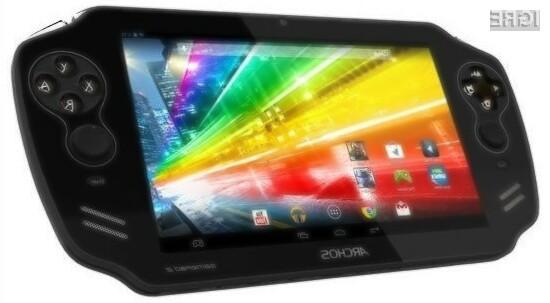 Prenosna igralna konzola Archos GamePad 2 bo na račun zmogljive strojne opreme ponujala izvrstne igričarske izkušnje.