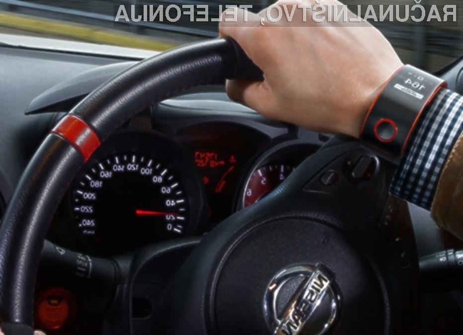 Pametna ročna ura Nismo se odlično prilega voznikom športnih avtomobilom Nissan.