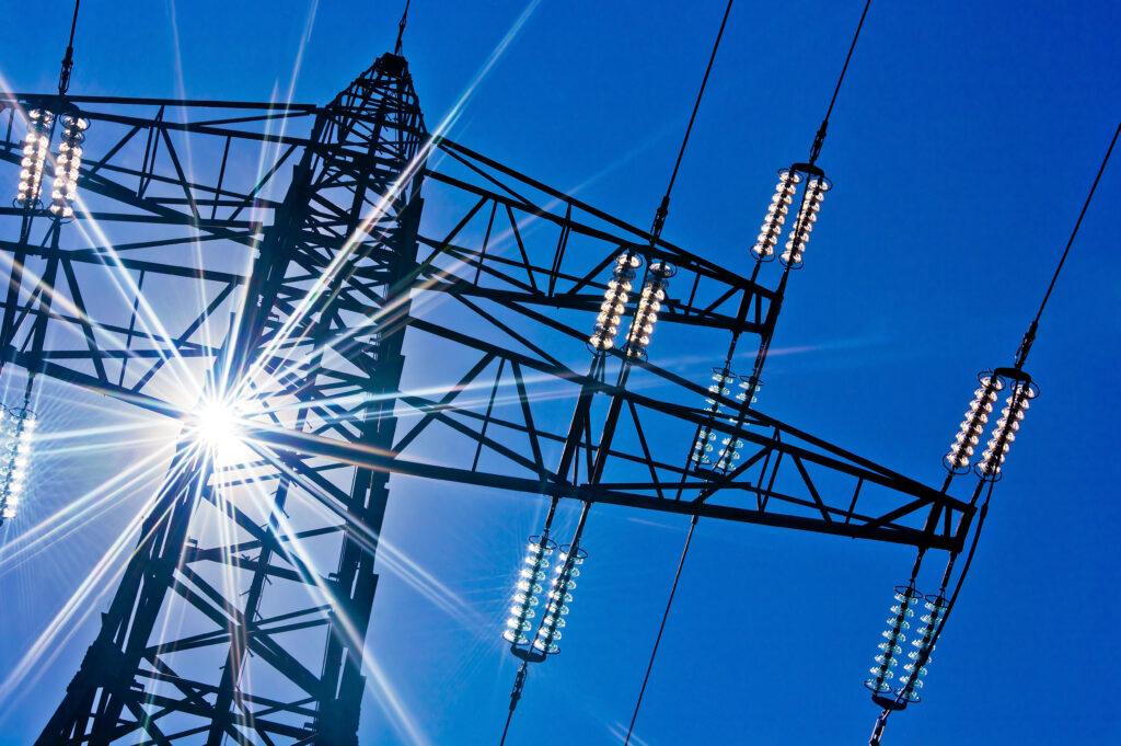 Tudi velika podjetja očitno niso dovolj bogata, da bi električno energijo kupovala po rednih cenah!