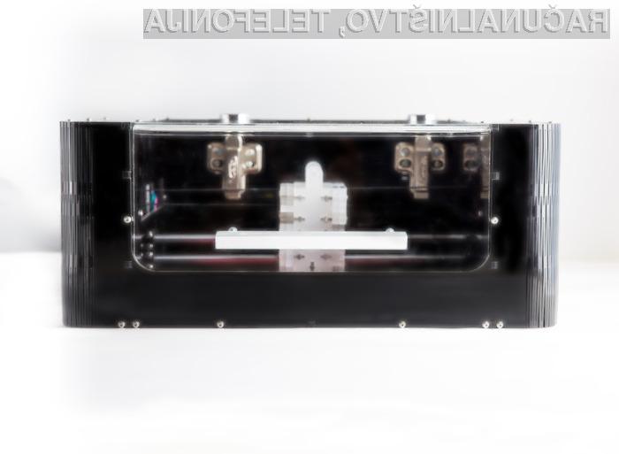 Prvi 3D-tiskalnik za tiskana vezja je med uporabniki spletnega portala Kickstarter požel veliko zanimanja!