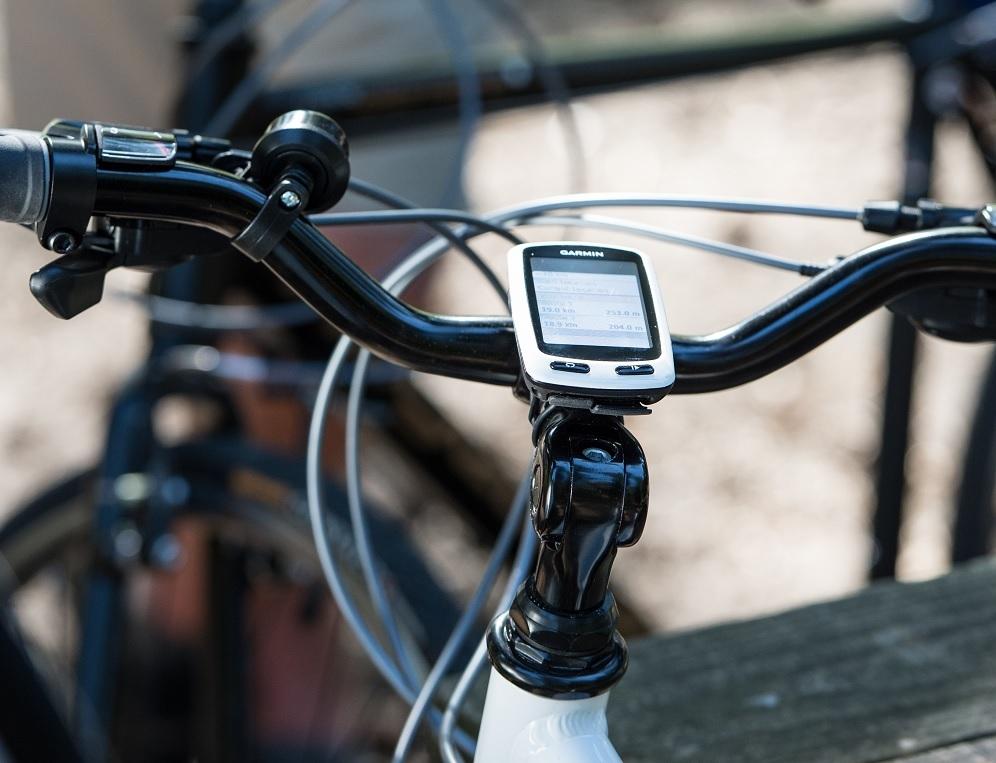 Garmin predstavlja Edge® Touring Plus — novo GPS napravo oblikovano za navigacijo s kolesom