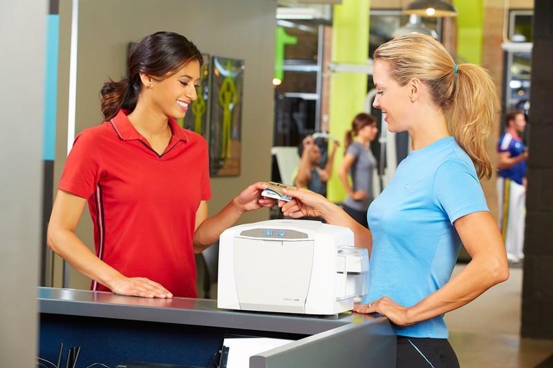 Nova izboljšana linija kartičnih tiskalnikov Fargo DTC