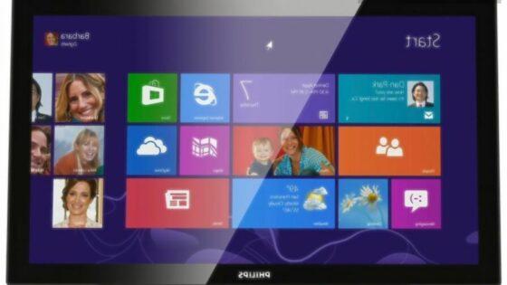 Na dotik občutljiv zaslon Philips 231C5TKJFU se bo zlahka prikupil uporabnikom Microsoftovega operacijskega sistema Windows 8 in Windows 8.1.