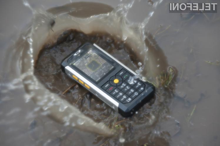 Mobilni telefon Caterpillar Cat B100 bomo le stežka uničili!