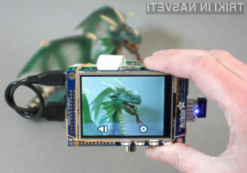 Sestavite si svojo digiatlno kamero z Raspberry Pi in Adafruit.