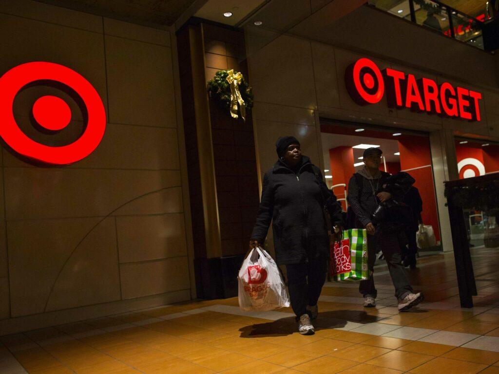Hekerji so iz strežnikov podjetja Target izmaknili podatke o kar 110 milijonih kupcev!