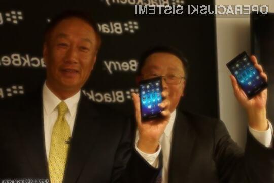BlackBerry s Q20 odslej konkurira Lenovo?