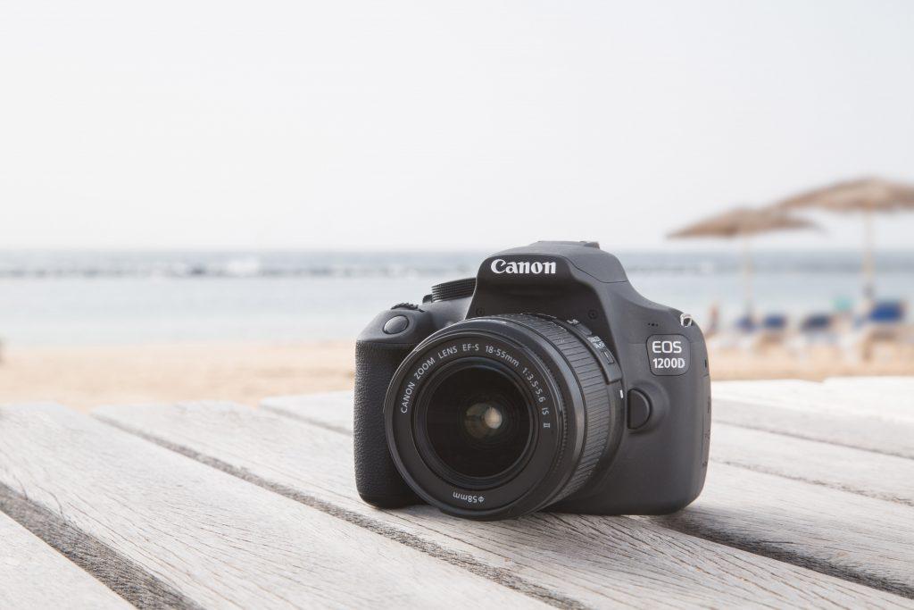Slikanje čudovitih fotografij in snemanje videov je enostavnejše in zabavnejše kot kdajkoli.