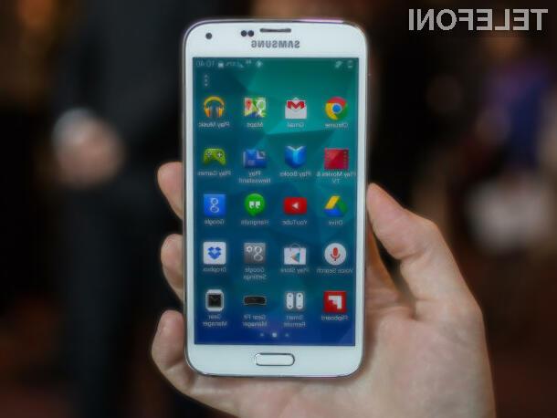 Pametni mobilni telefon Galaxy S5 bo vendarle na voljo tako s 4-jedrnim kot 8-jedrnim procesorjem.