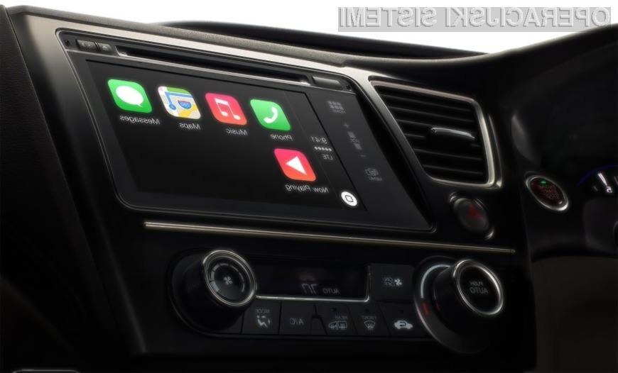Applov avtomobilski sistem CarPlay je bil pri podjetjih Mercedes-Benz in Volvo že postavljen na stranski tir.