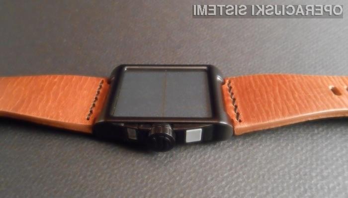 Zapestnica napolni mobilnik s sončno energijo