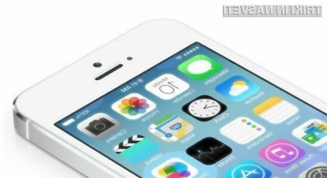Mobilni operacijski sistem iOS 7.1.1 odpravlja kopico napak njegovega predhodnika.