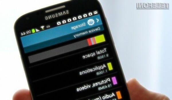 Uporabniki mobilnikov družine Galaxy v Samsungovi lastniški programski opremi ne vidijo dodane vrednosti.