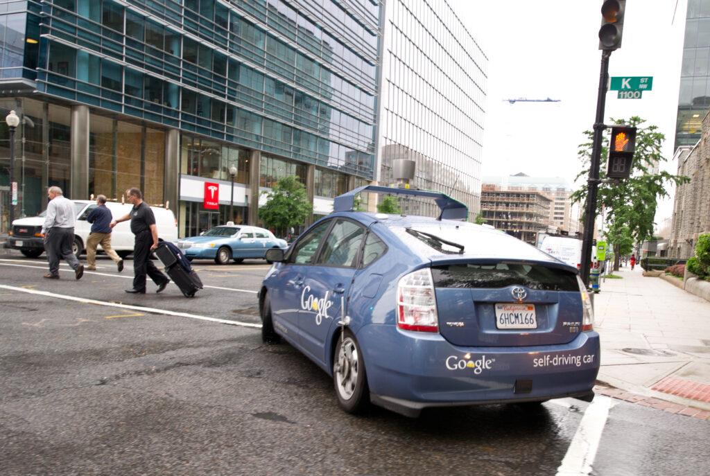 Googlovo samovozno vozilo hitro napreduje