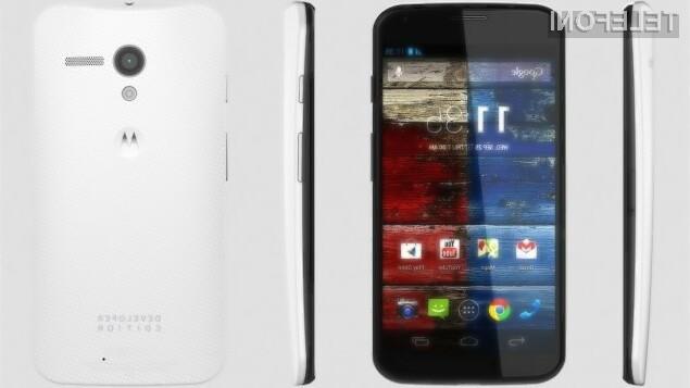 Pametni mobilni telefoni Motorola družine XT naj bi debelino merili zgolj 6,2 milimetrov.