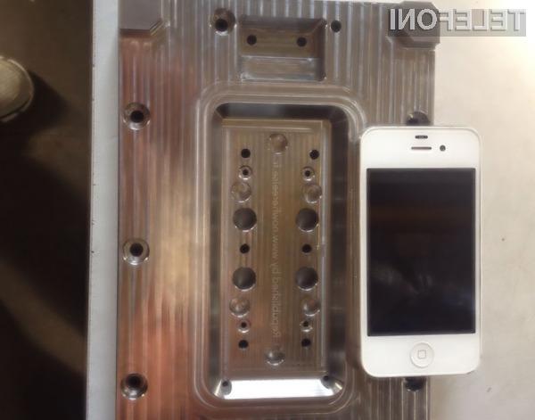 Mobilnik iPhone 6 naj bi bil v primerjavi s predhodnikom dražji za okoli preračunanih 72 evrov!