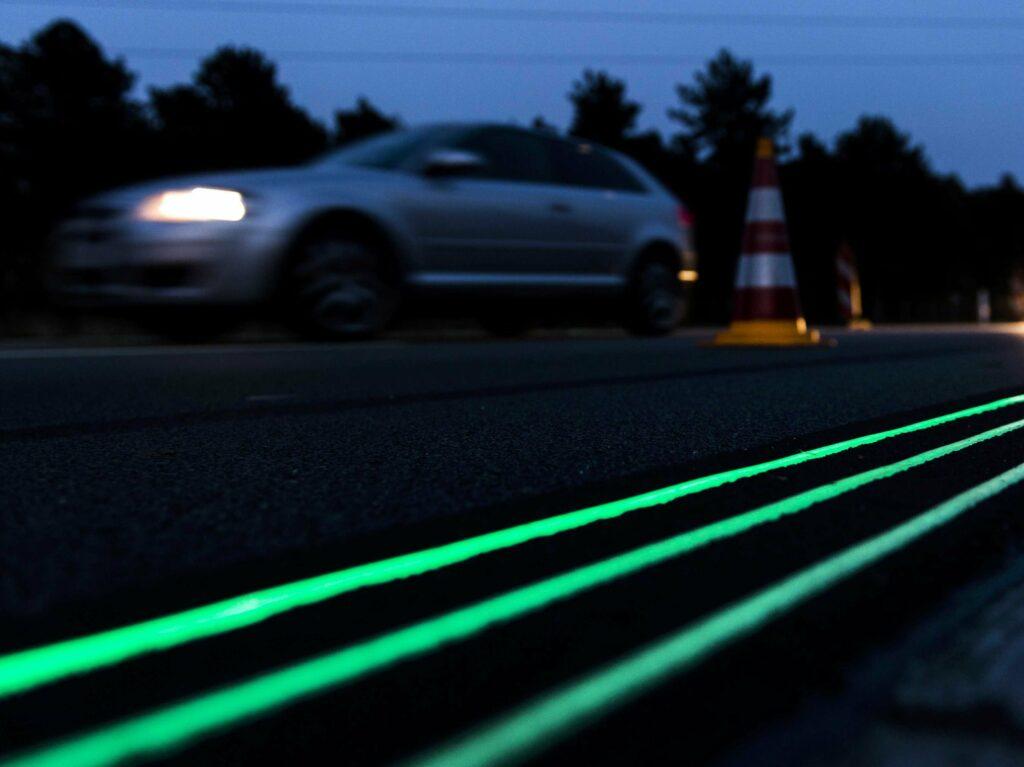 Namesto ulične kar cestna barvna razsvetljava