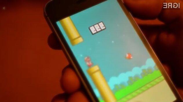 Viralna igra Flappy Bird bo avgusta ponovno na voljo za prenos na spletnih portalih App Store in Google Play!