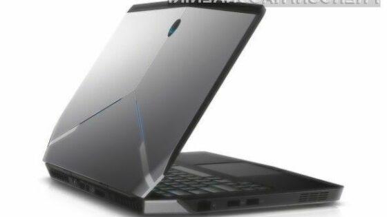 Prenosniku Dell Alienware 13 zaradi izjemno zmogljive strojne opreme vsaj zlahka ne bo zmanjkalo sape.