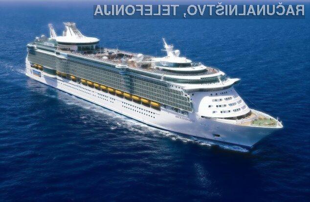 Potnikom nove ladje družbe Royal Caribbean International bodo pijačo točili kar roboti!