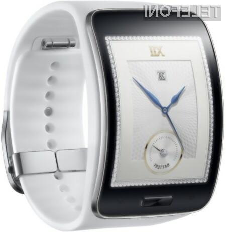 Pametna ročna ura Samsung Galaxy Gear S z vgrajenim mobilnikom bo zagotovo šla v prodajo kot za stavo.