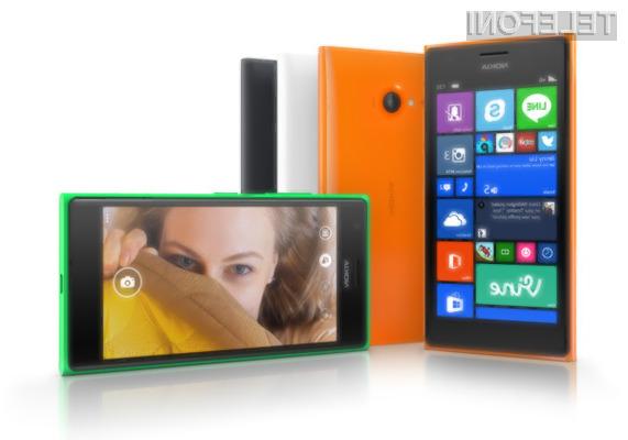 Ljubitelji »selfijev« bodo zagotovo vzljubili pametni mobilni telefon Nokia Lumia 735.