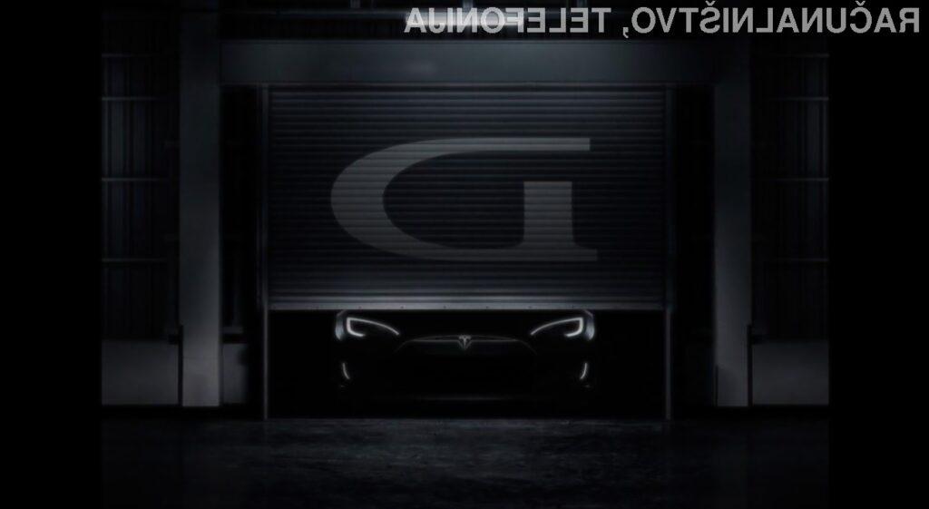 Tesla razkriva D