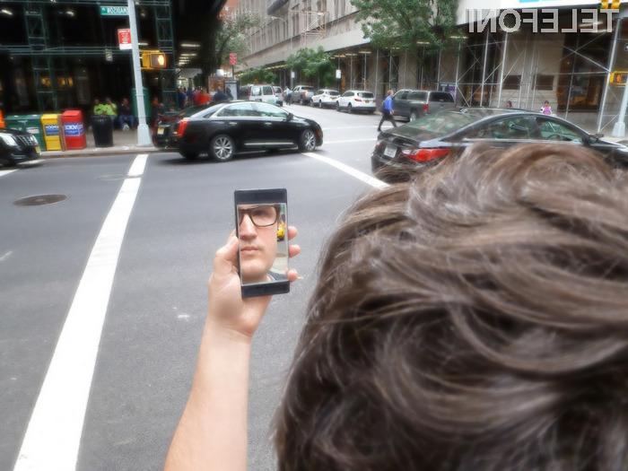 Mobilnik The NoPhone Team je kot nalašč za tiste, ki se želijo znebiti odvisnosti od pametnih mobilnih telefonov.